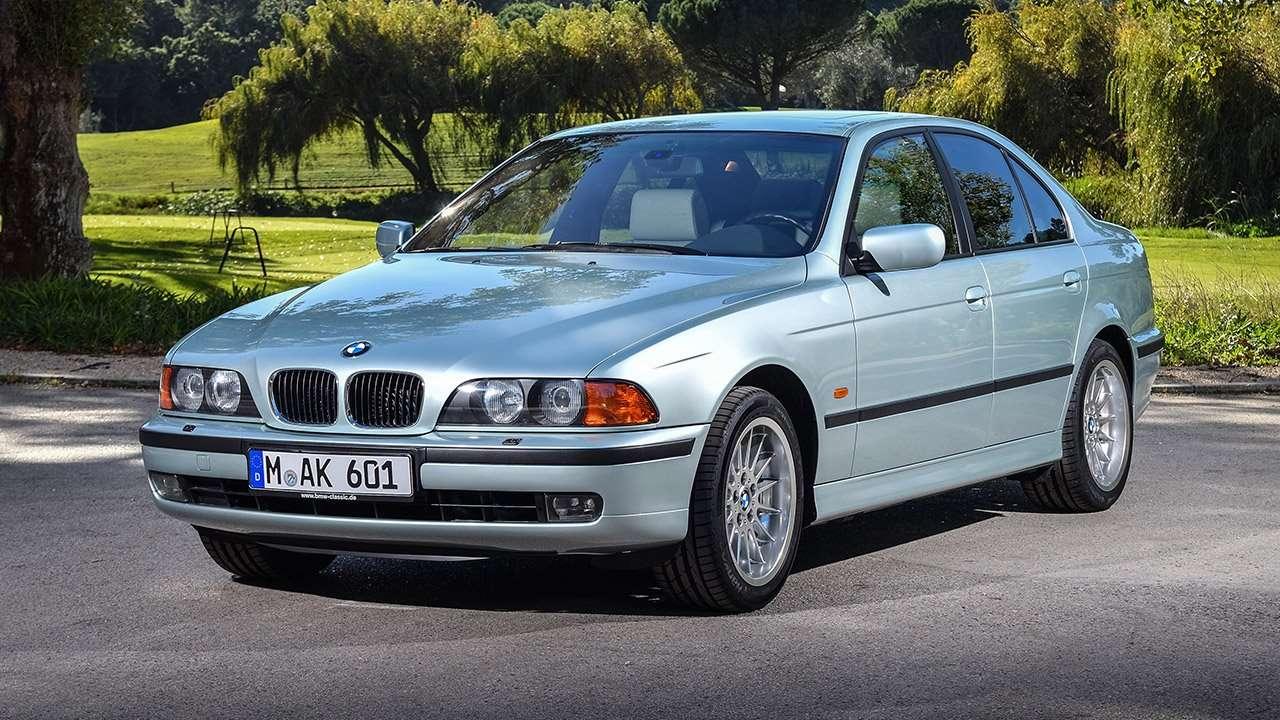 BMW 5-Series e39 фото спереди