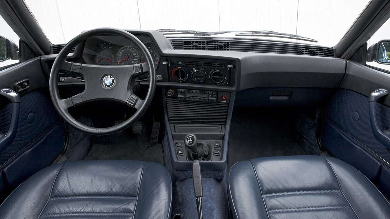 BMW 6-Series e24 салон