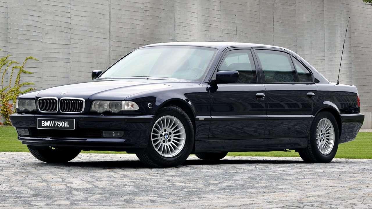 BMW 7-Series e38 фото спереди