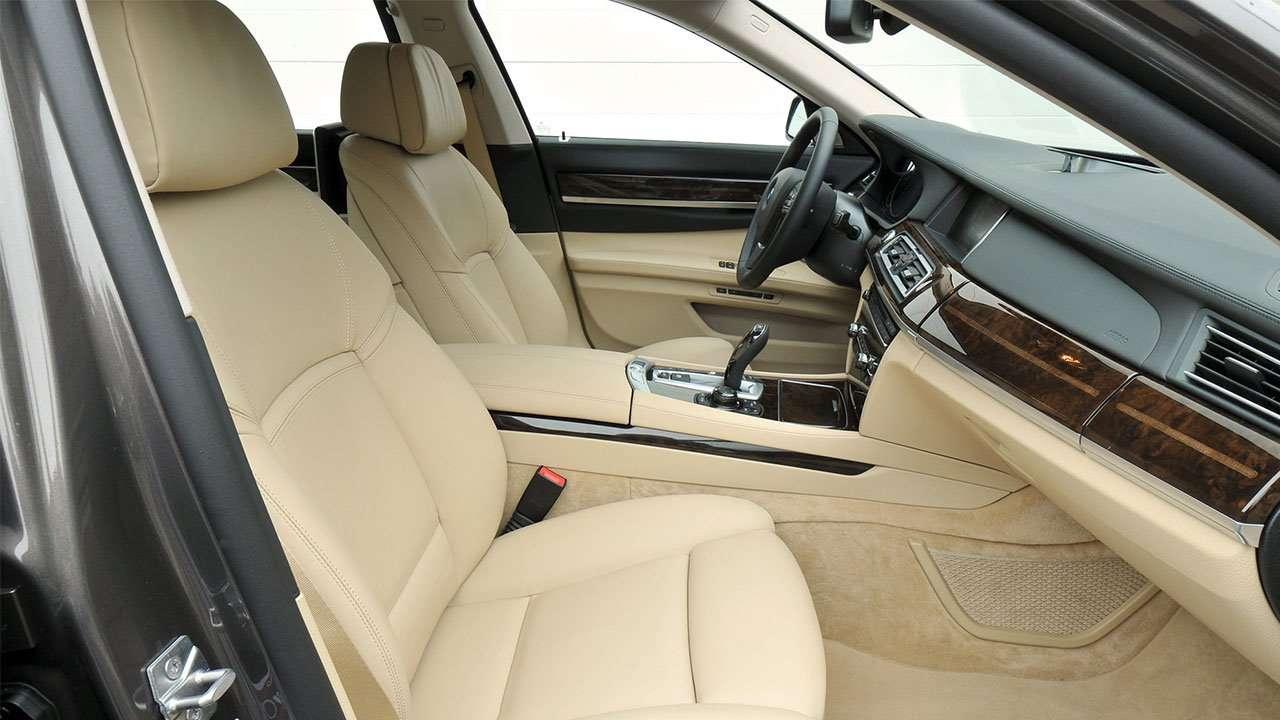 Передние сиденья БМВ 7 F01/F02