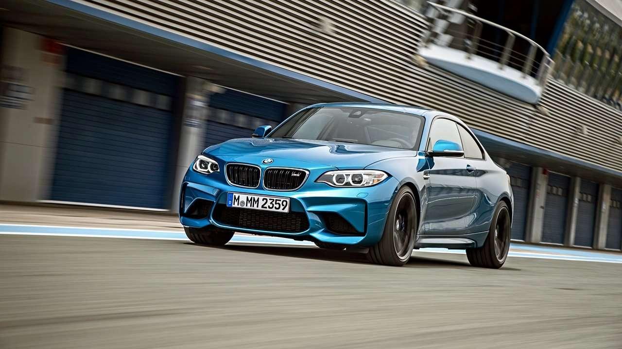 BMW M2 Coupe 2020-2021 фото спереди