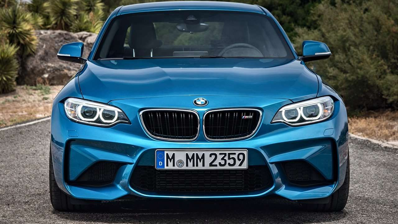 BMW M2 Coupe 2018 фото передней части