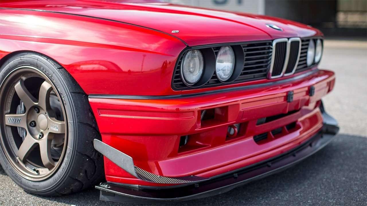 Передняя часть BMW M3 e30