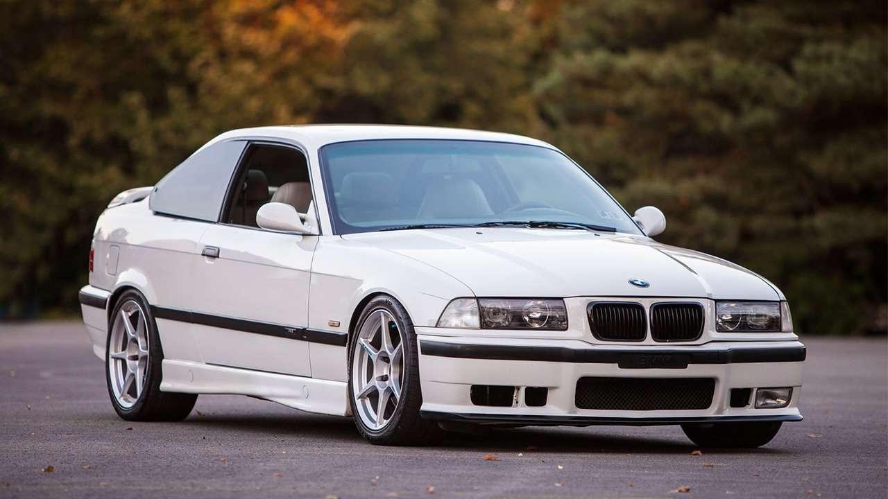 BMW M3 e36 фото спереди
