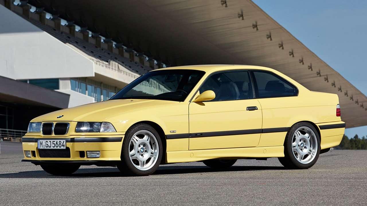 Фото желтого BMW M3 e36