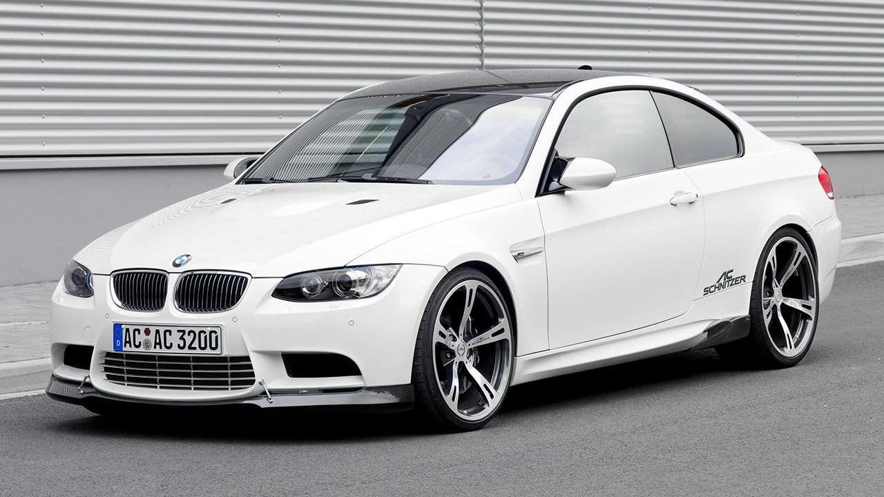 BMW M3 e90 фото спереди