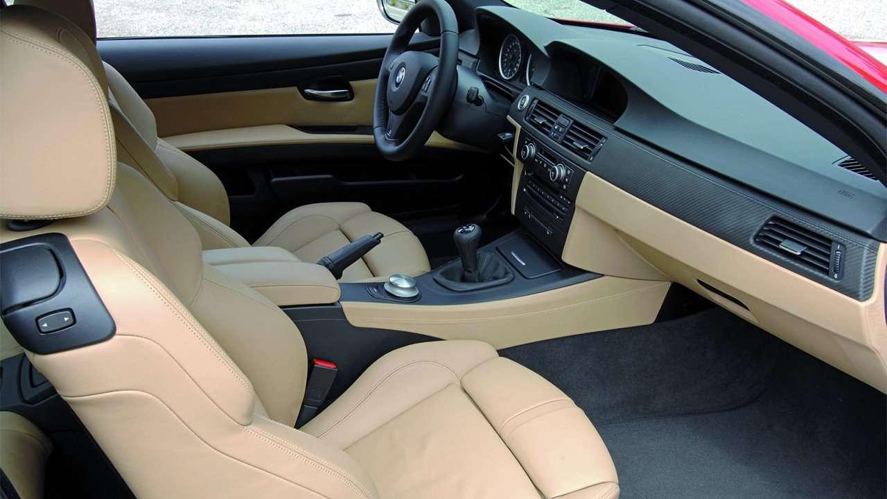 Передние сиденья BMW M3 e90