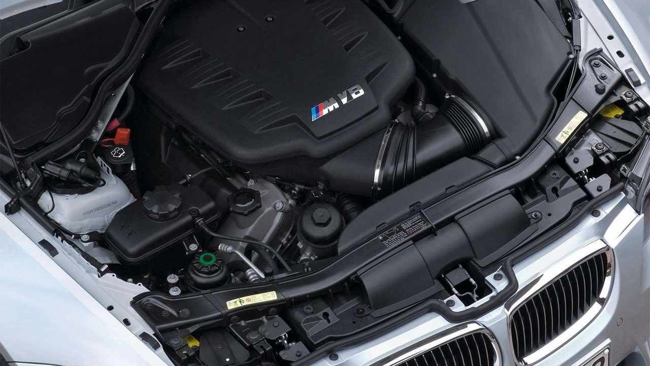 Фото мотора BMW M3 e90