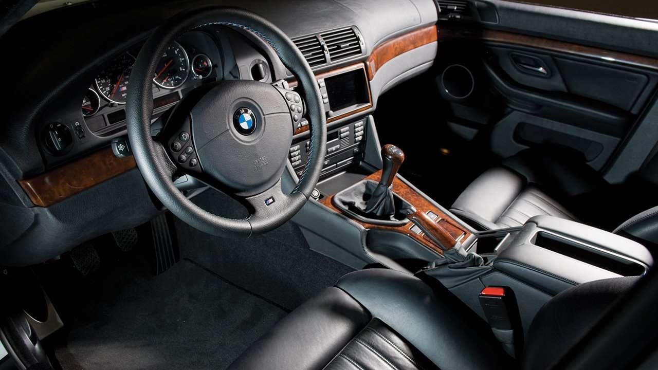BMW M5 e39 фото салона