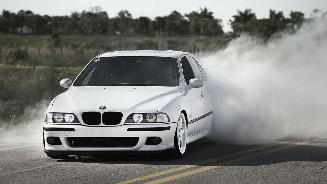 BMW M5 e39 фото передней части