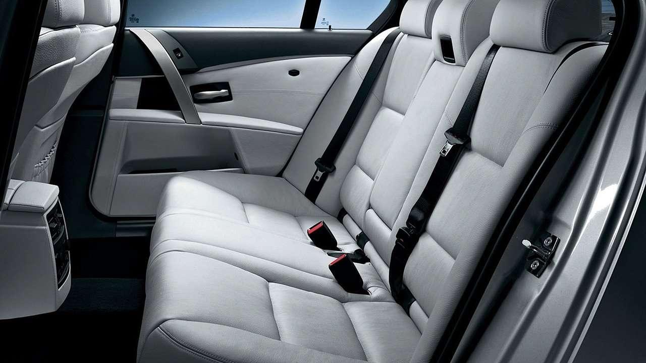 Заднее сиденье БМВ М5 е60