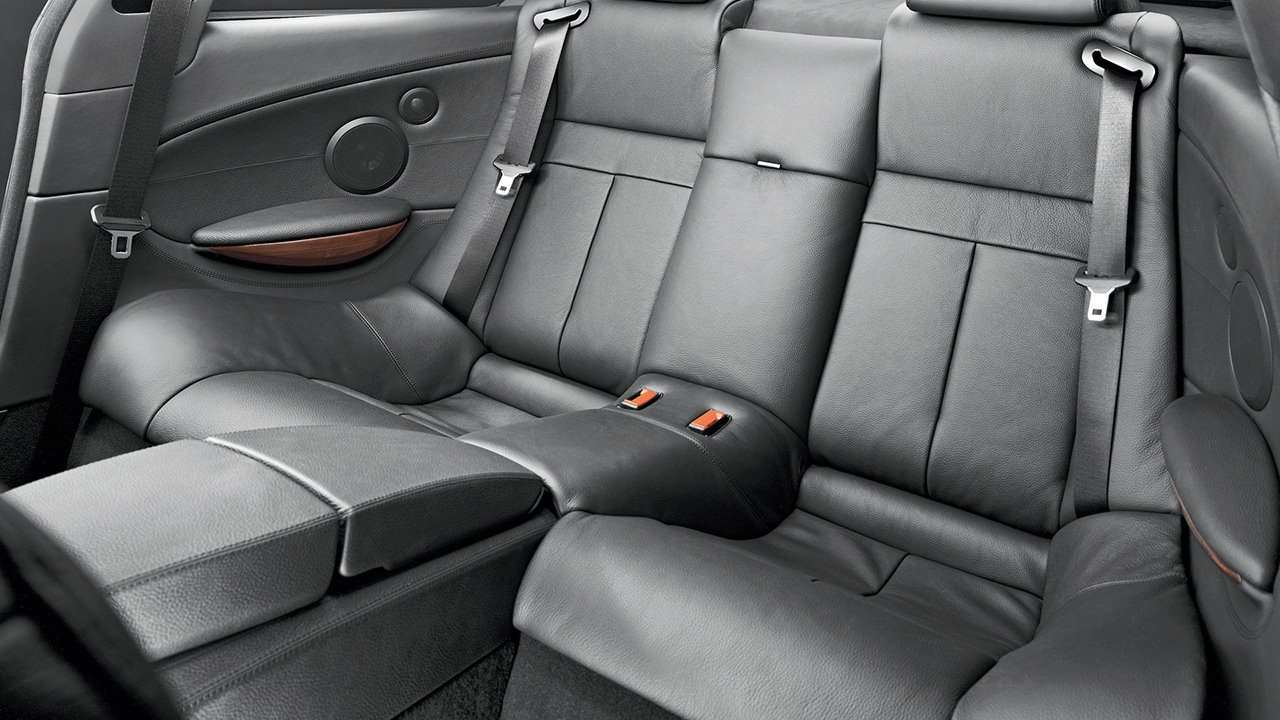 Задние сиденья БМВ М6 е63