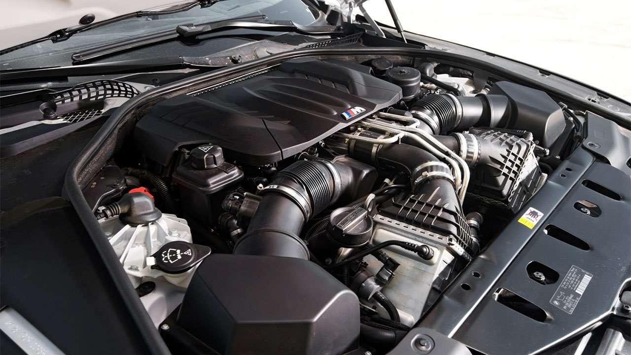 Фото двигателя БМВ M6 F12