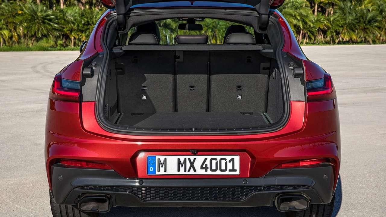 Фото багажника BMW X4 2020-2021