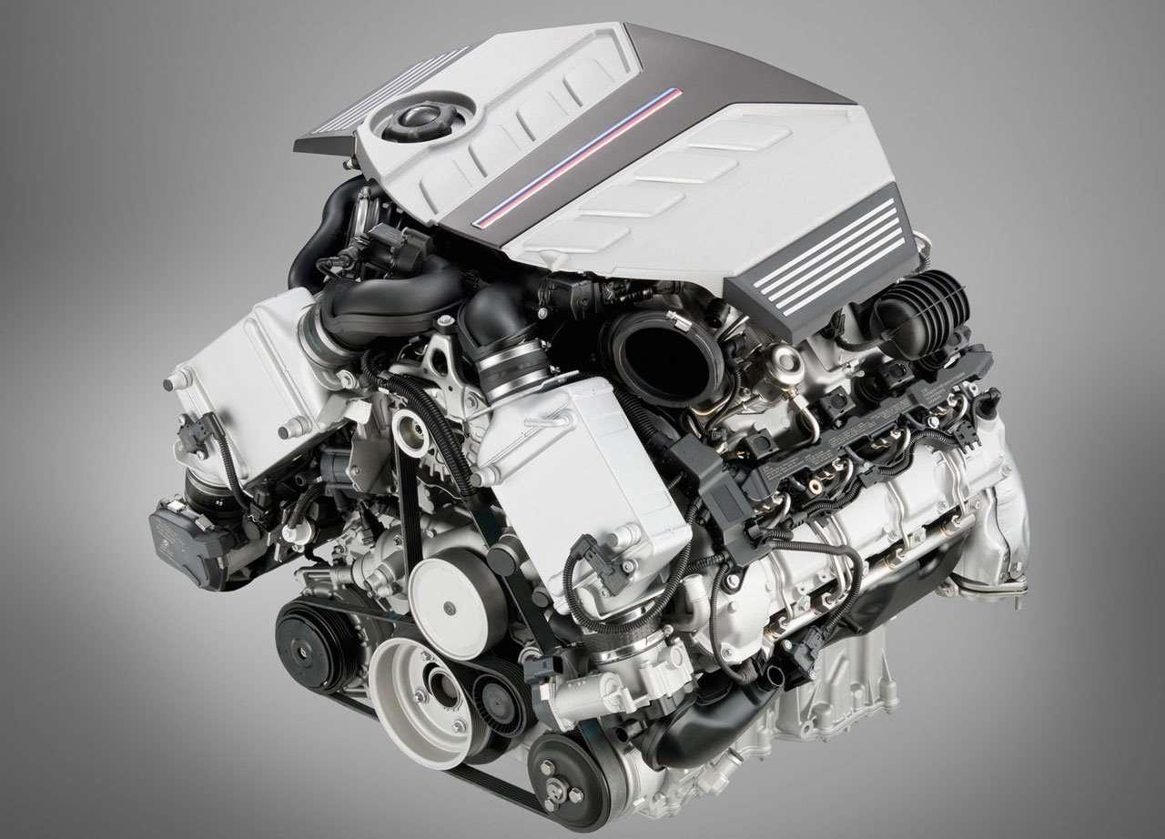 Фото двигателя БМВ X5M (e70)