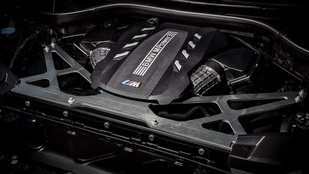 Двигатель новой БМВ Х5М