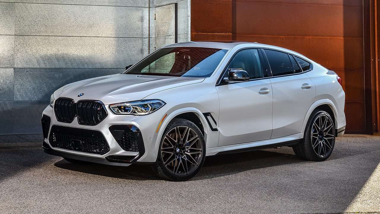 BMW X6M 2020-2021 фото спереди