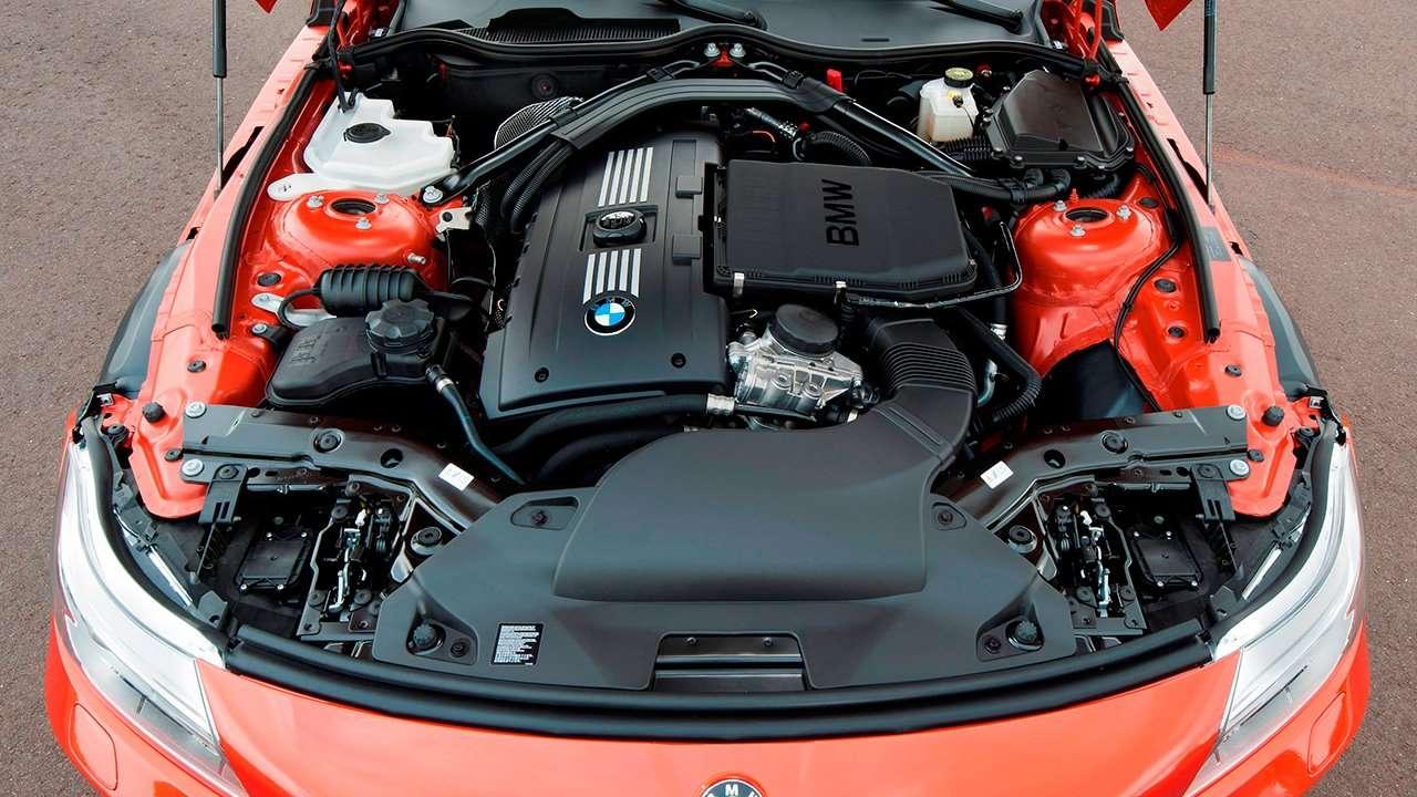 BMW Z4 e89 фото двигателя
