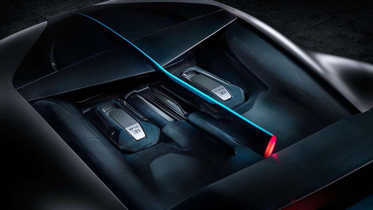 Фото двигателя Bugatti Divo