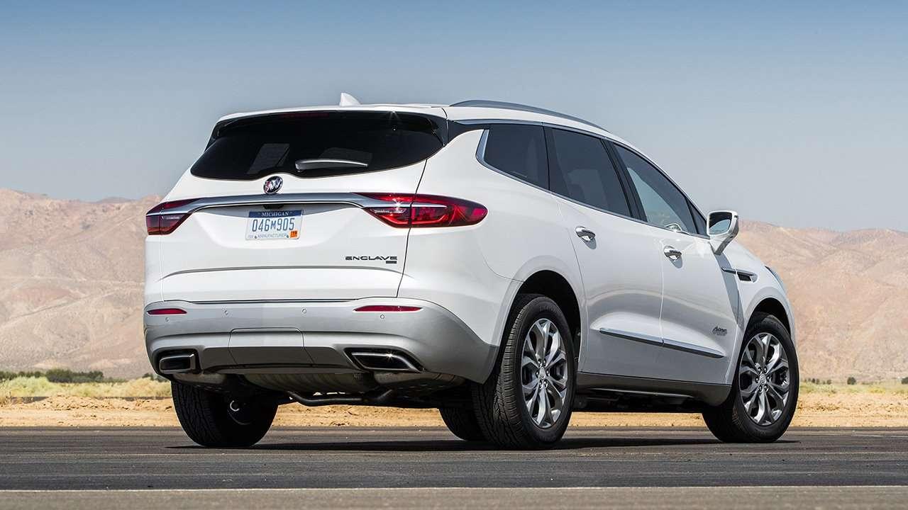 Задок нового Buick Enclave