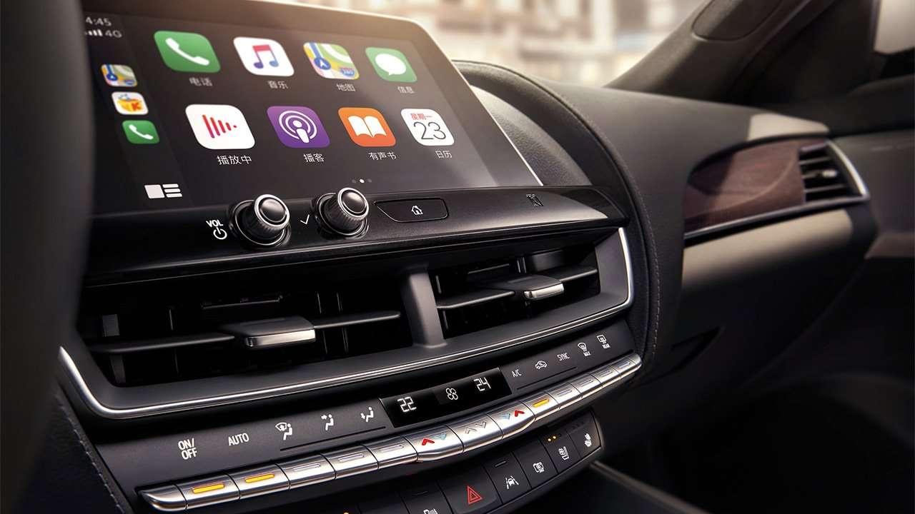 Дисплей мультимедиа Cadillac CT5
