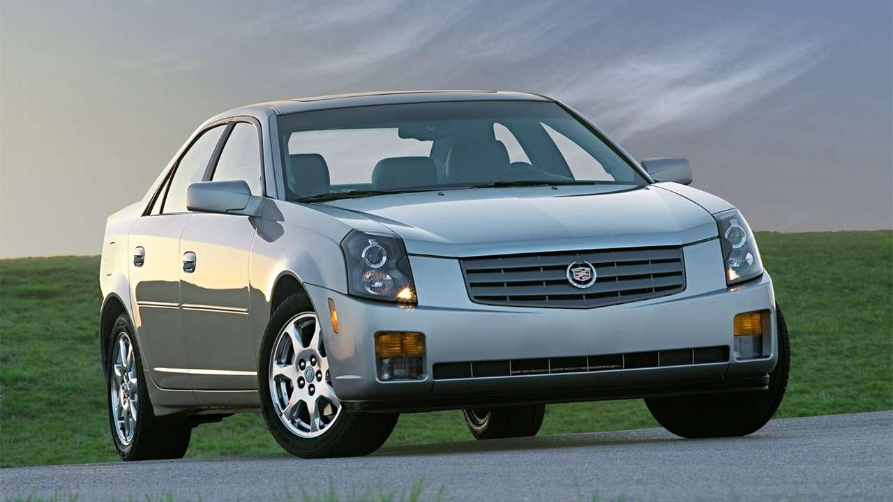 Cadillac CTS 2002-2007 фото спереди