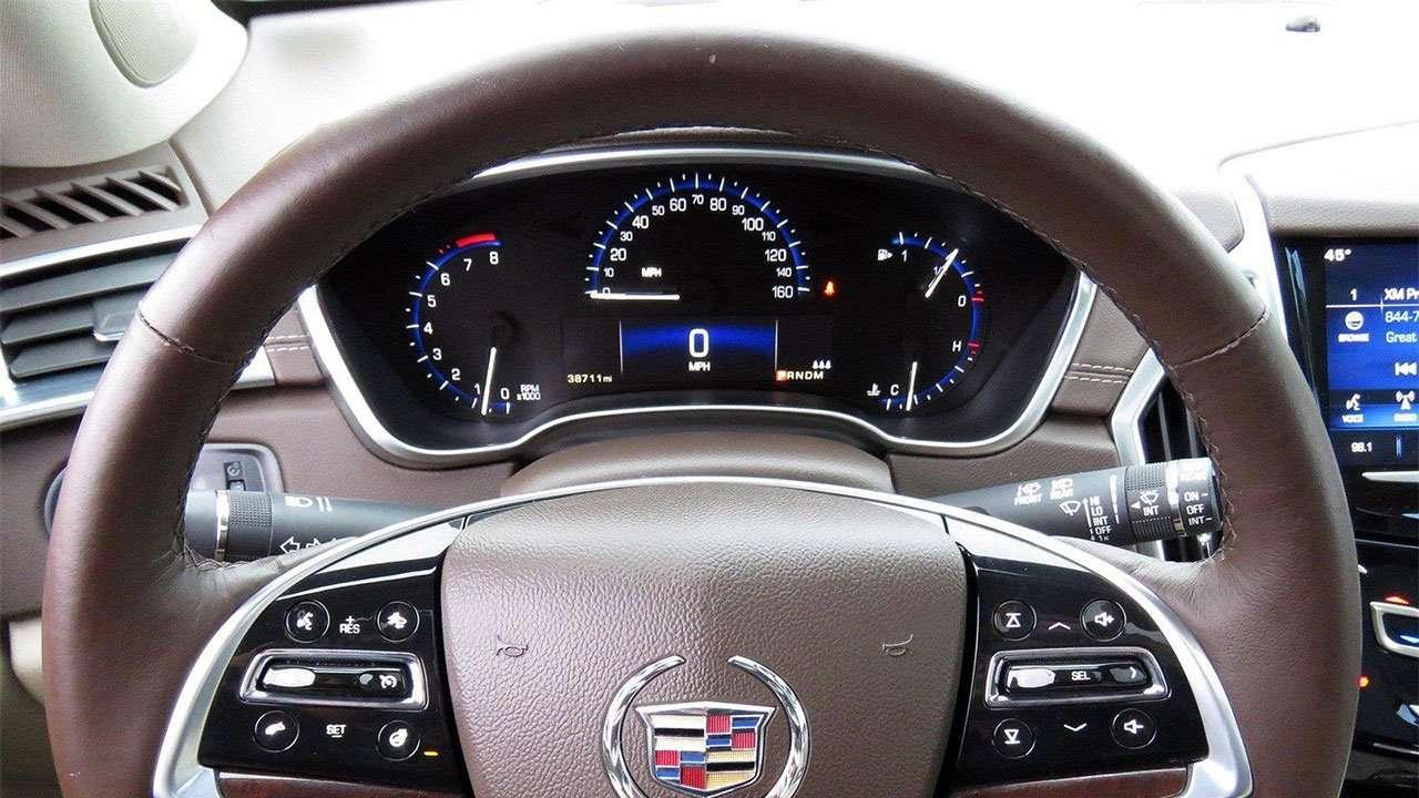 Приборная панель Cadillac SRX