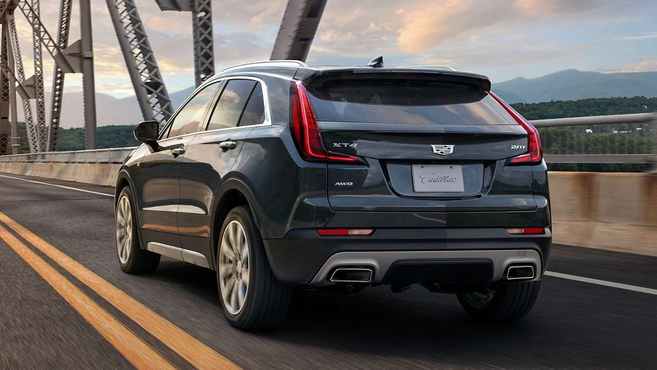 Задняя часть Cadillac XT4 2020-2021