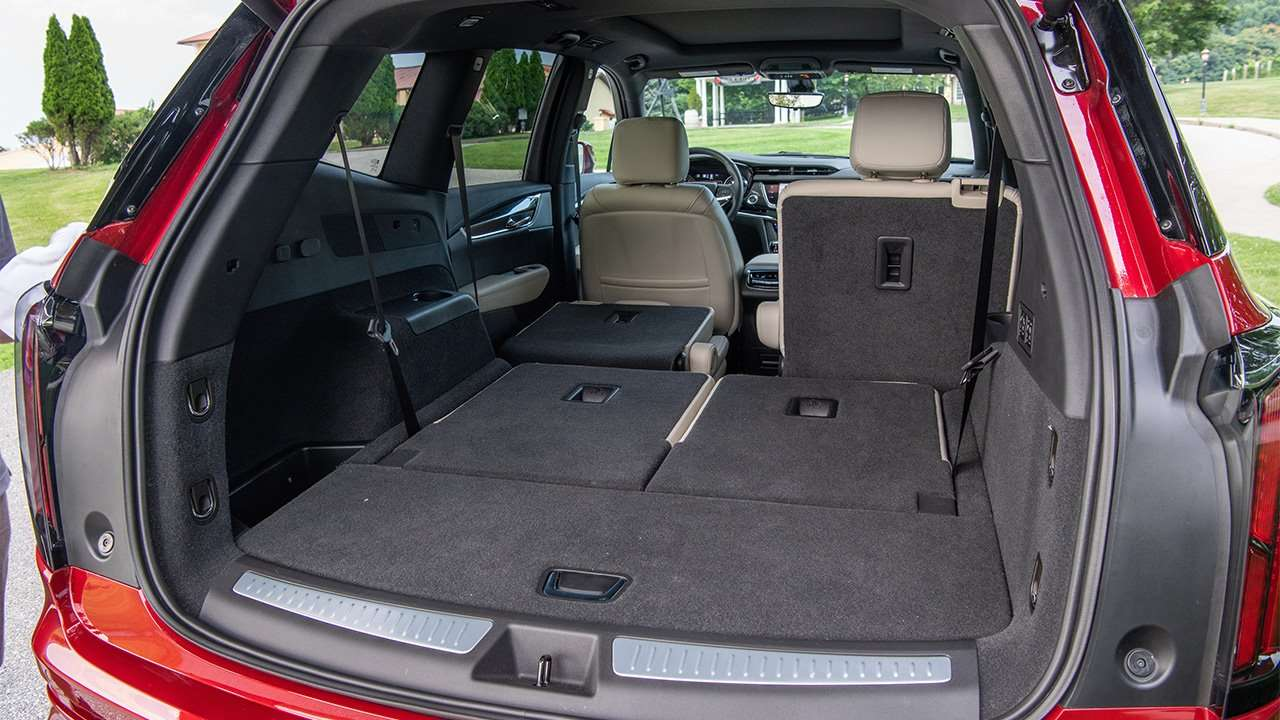 Фото багажника Cadillac XT6