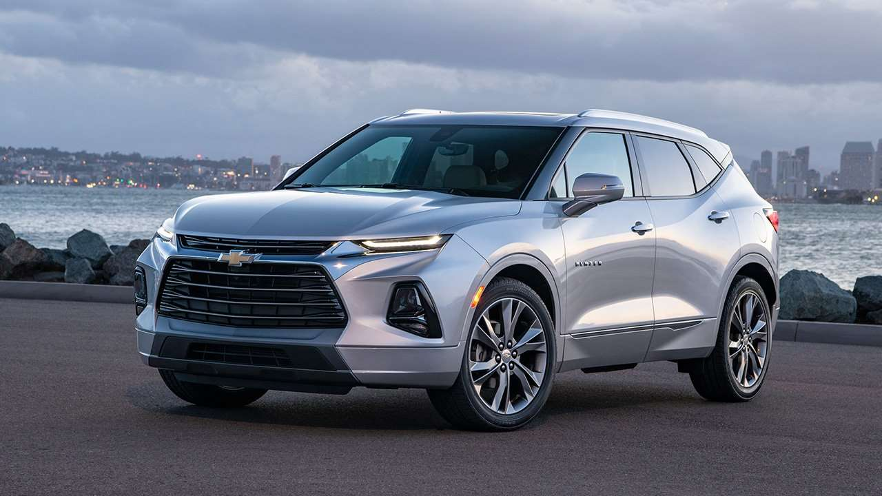 Chevrolet Blazer фото спереди