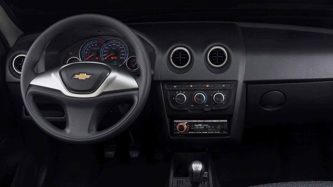 Chevrolet Celta салон
