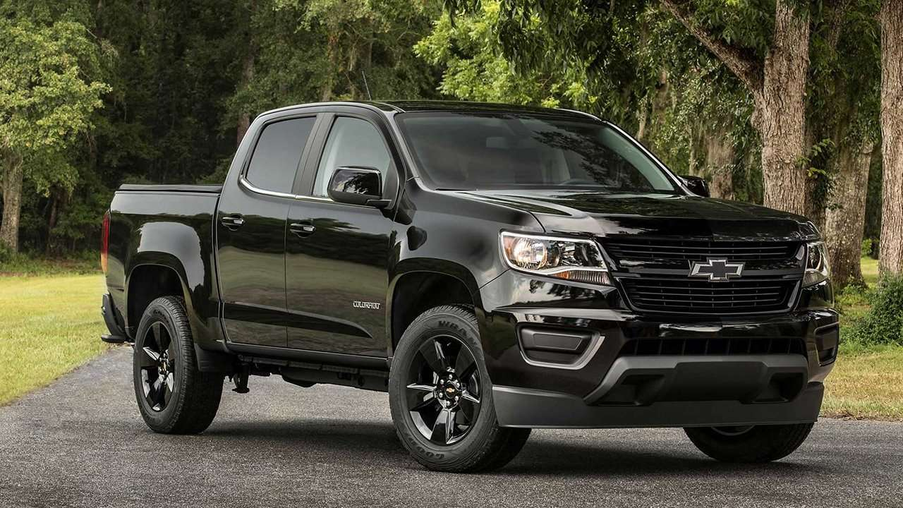 Chevrolet Colorado 2020-2021 фото спереди