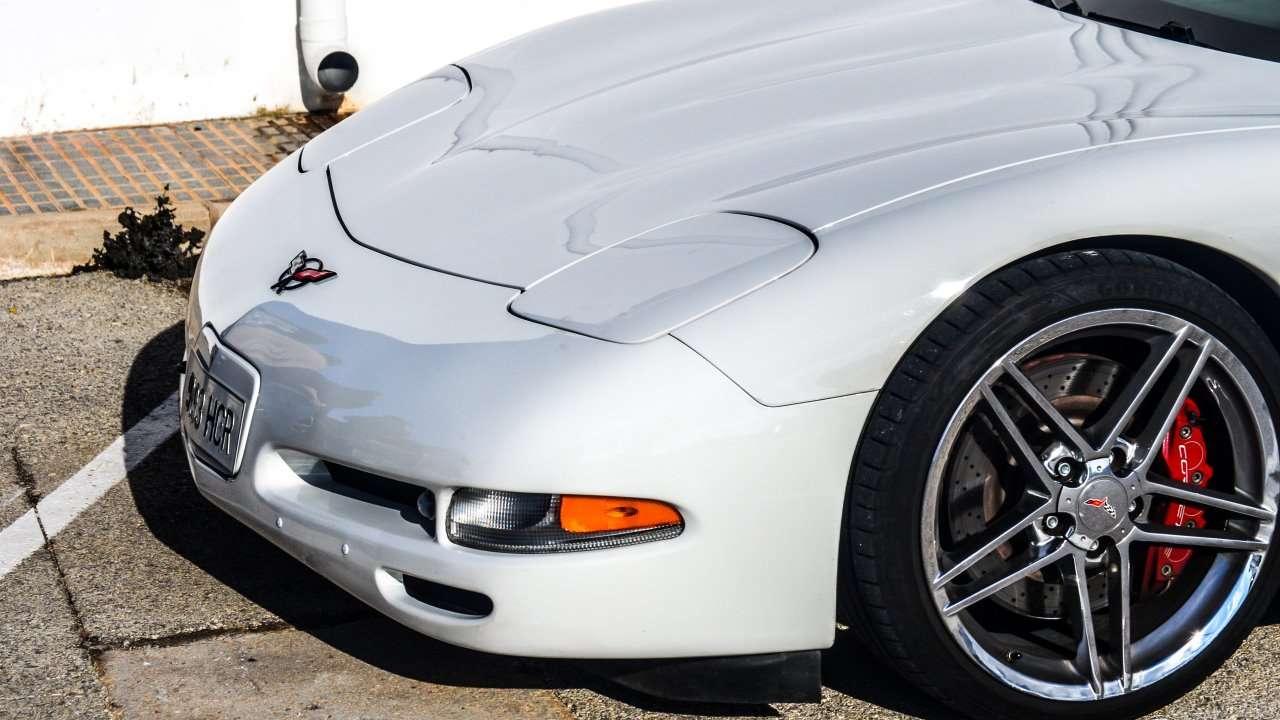 Передняя часть Chevrolet Corvette C5 (1997-2004)