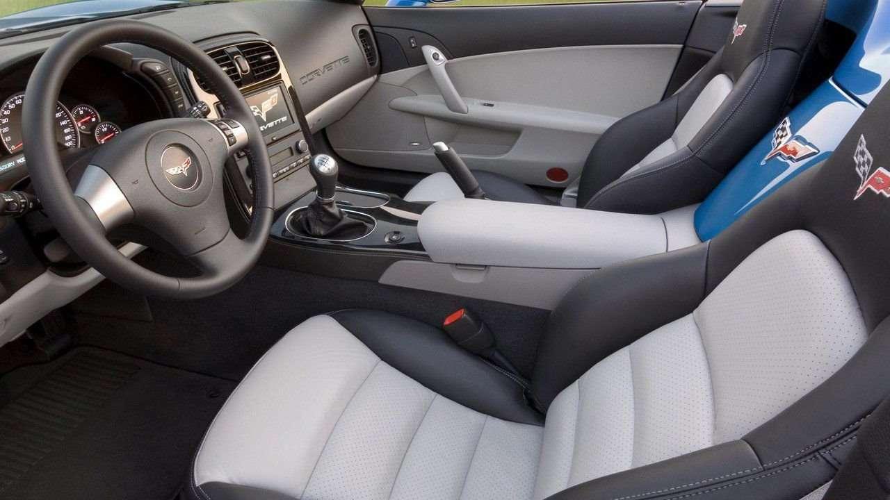 Сиденья Chevrolet Corvette C6 (2004-2013)