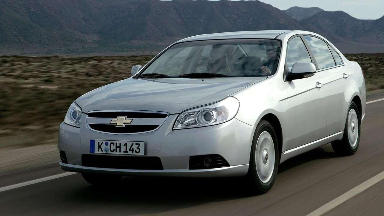 Chevrolet Epica фото спереди