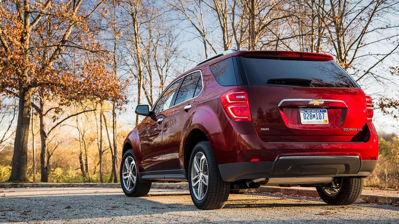Chevrolet Equinox 2009-2017 фото сзади