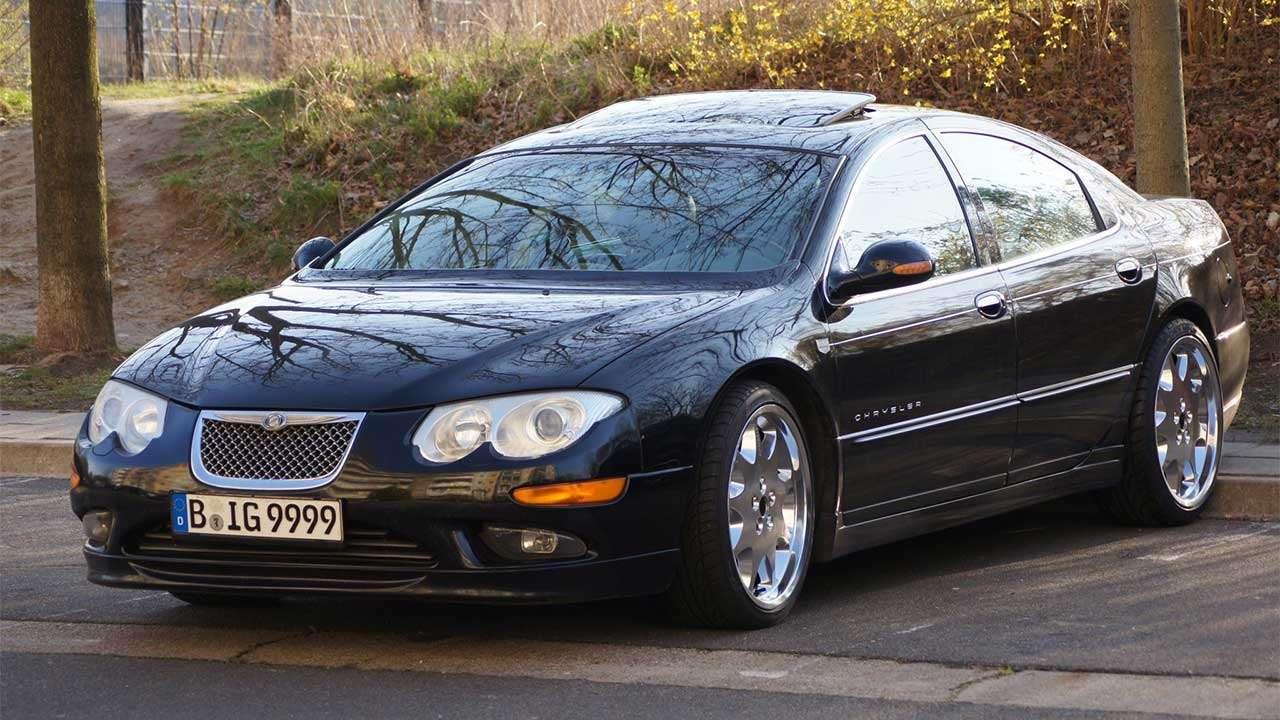 Chrysler 300M фото спереди