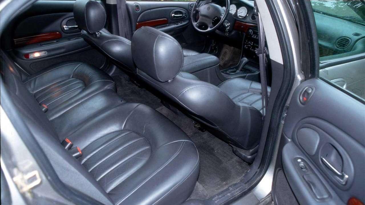 Задние сиденья Chrysler 300M