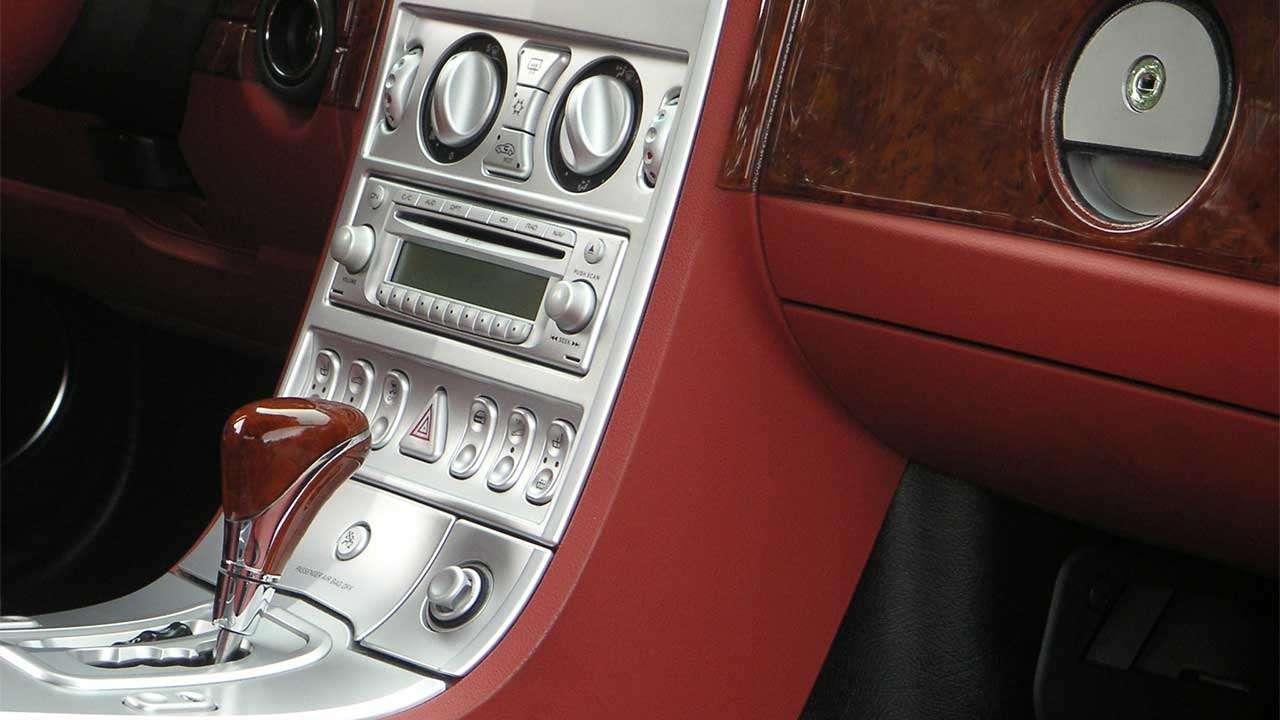 Центральная консоль Chrysler Crossfire