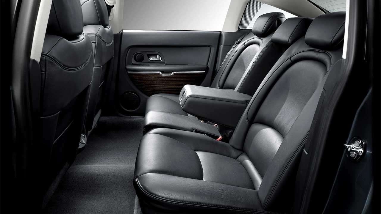 Задние сиденья Citroen C6