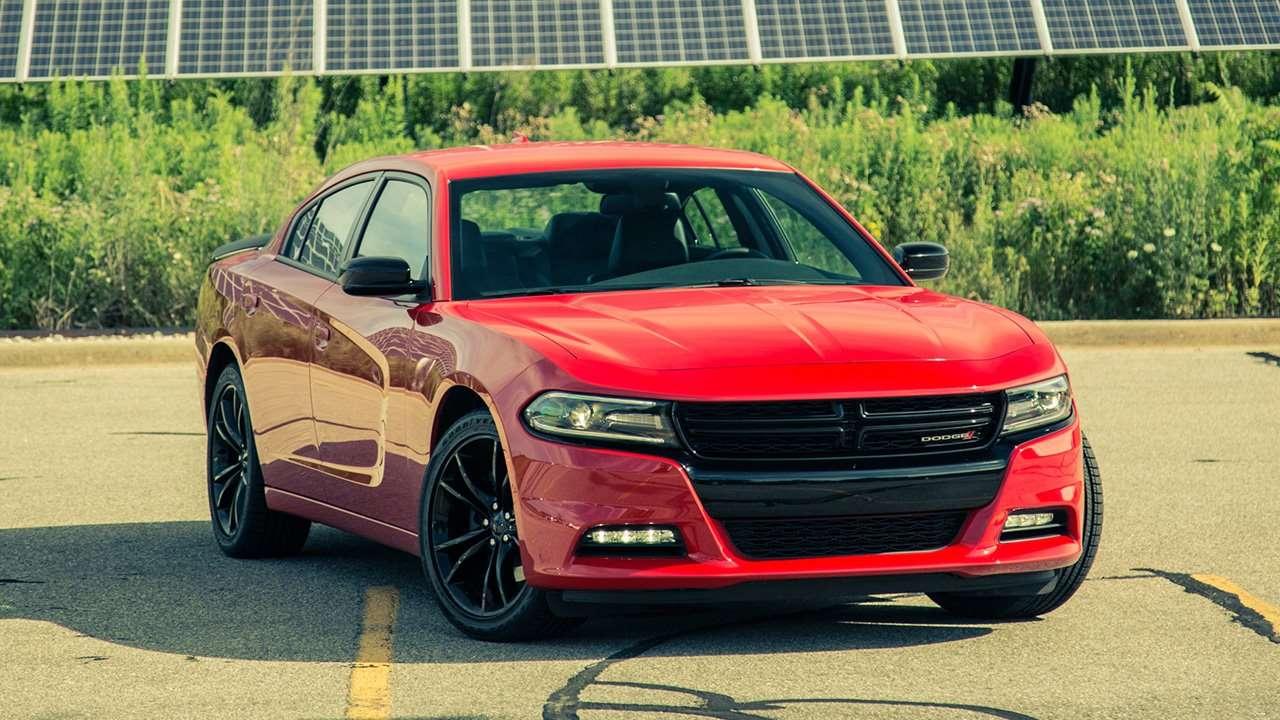 Dodge Charger 2020-2021 фото спереди