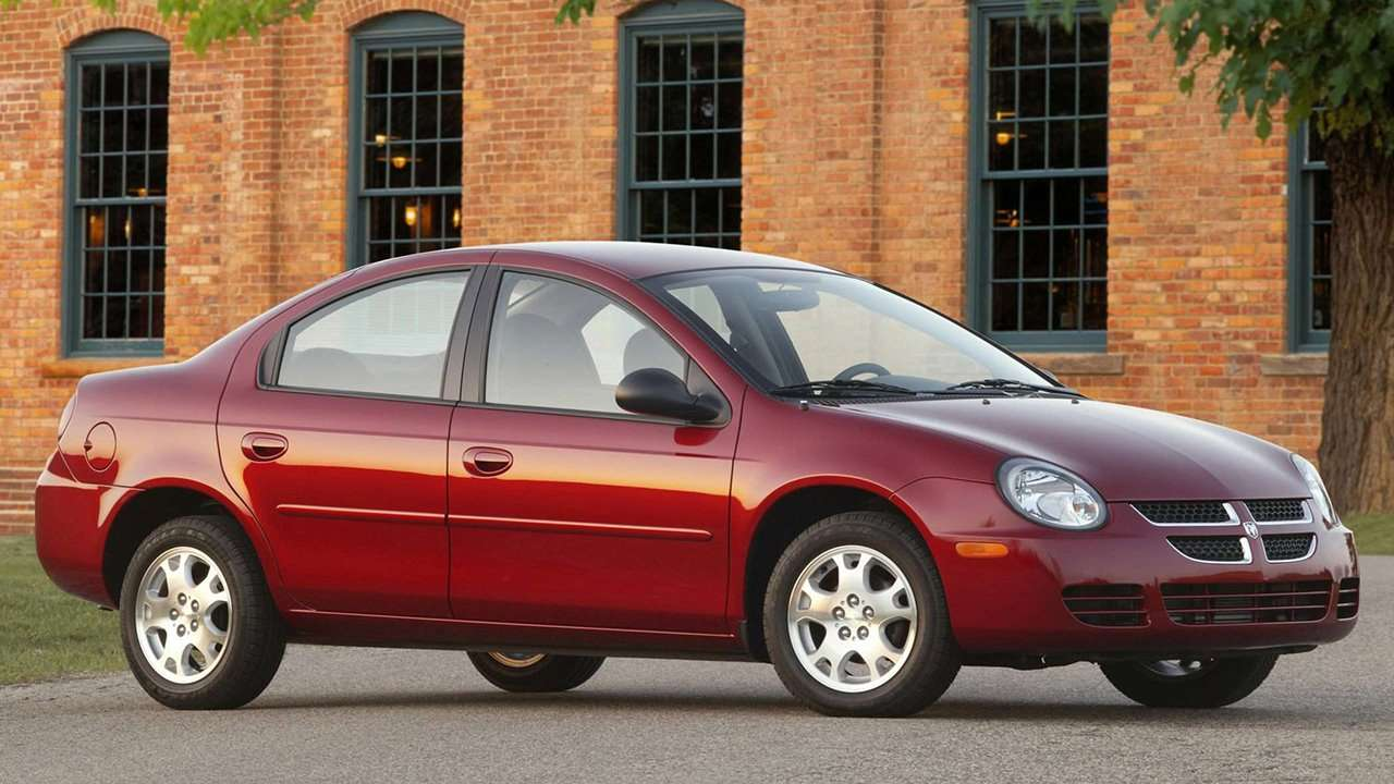 Dodge Neon 2003 фото спереди