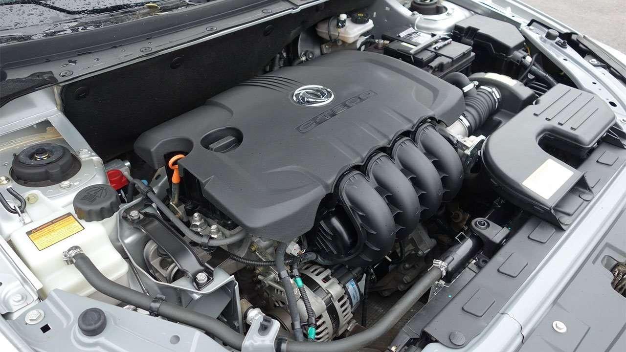 Фото двигателя Dongfeng S30