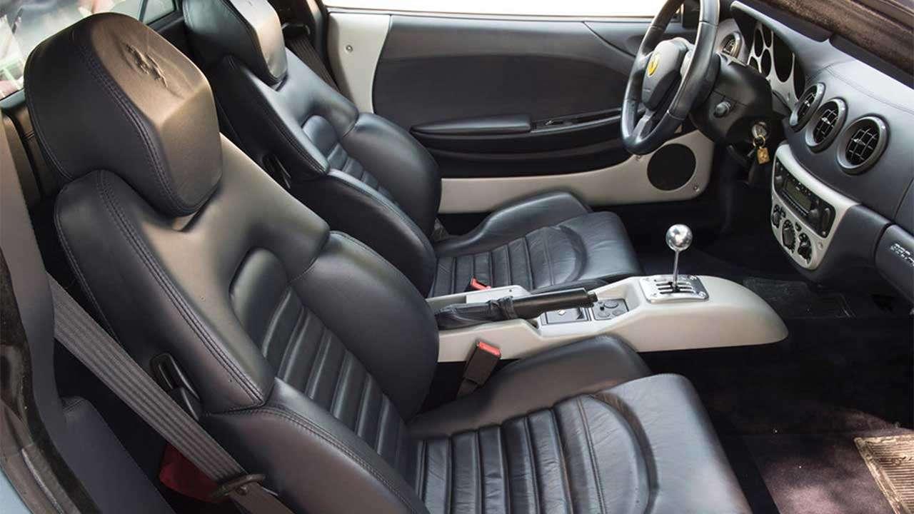 Передние сиденья Феррари 360 Modena
