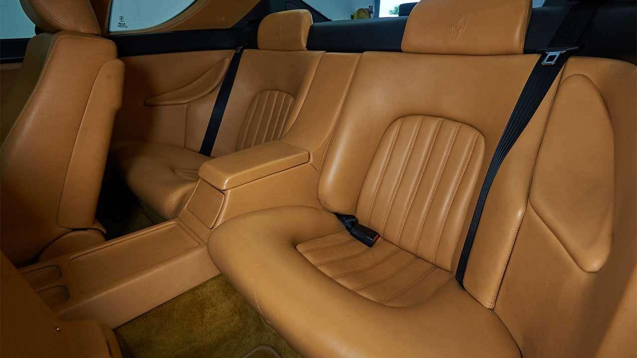Задние сиденья Ferrari 456 GT