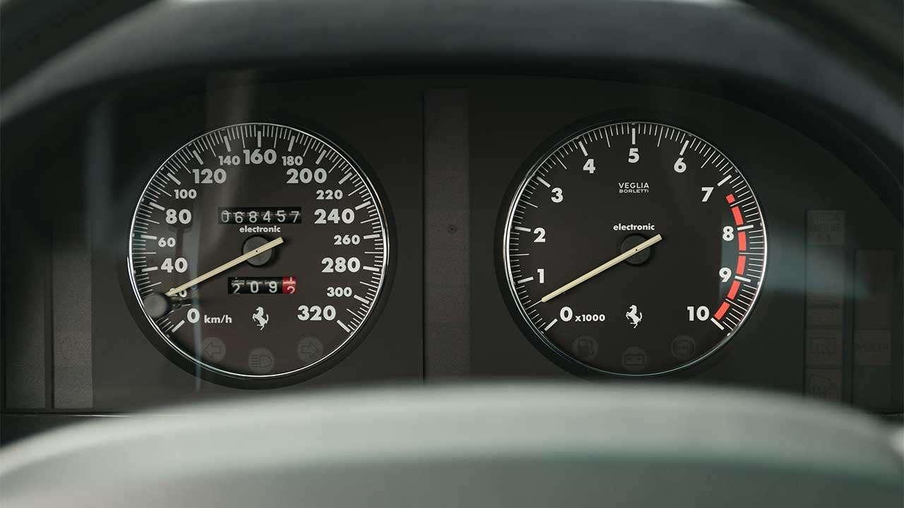Панель приборов Феррари 456 GT