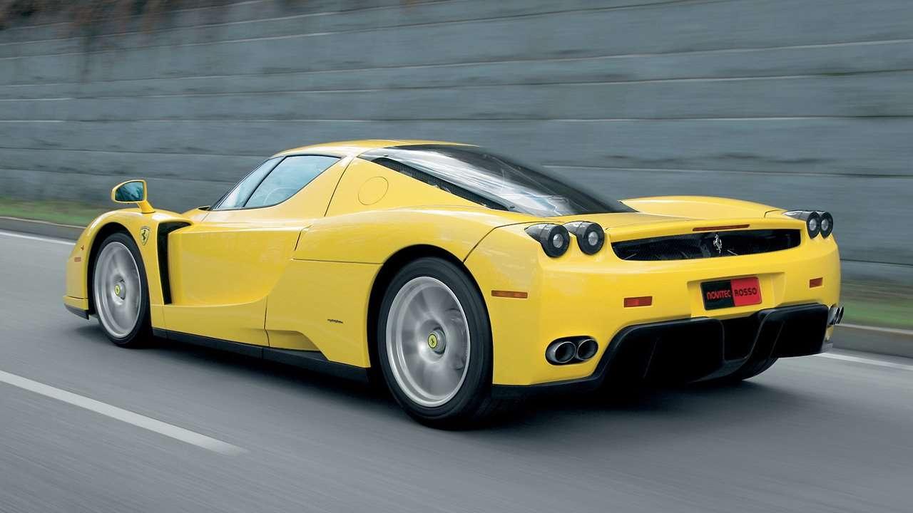 Ferrari Enzo фото сзади