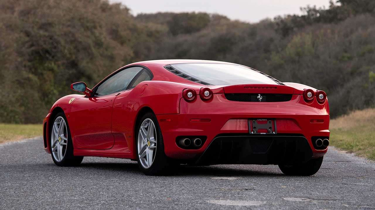 Задняя часть Ferrari F430