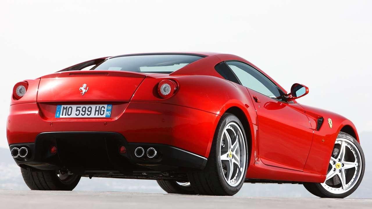 Ferrari 599 GTB Fiorano фото сзади