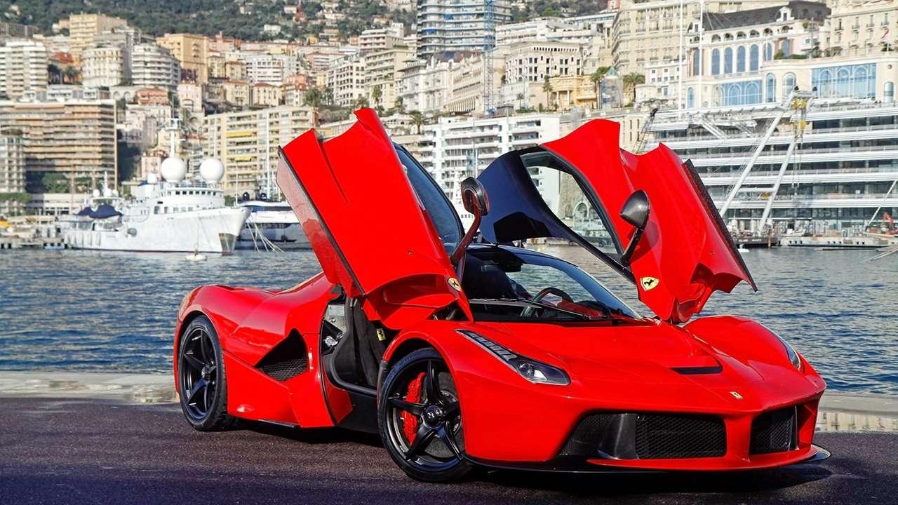 Ferrari LaFerrari фото морды